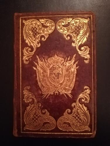 Bellissima legatura  in pelle marrone intera con fregi e stemma Austriaco d'oro.