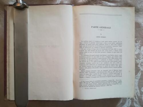 Inizio del manuale di medicina con un'introduzione alla medicina legale.
