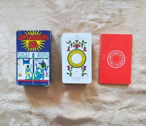 Scatola , istruzioni e carte da gioco.
