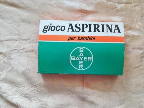 Scatola del gioco per bambini dell'aspirina