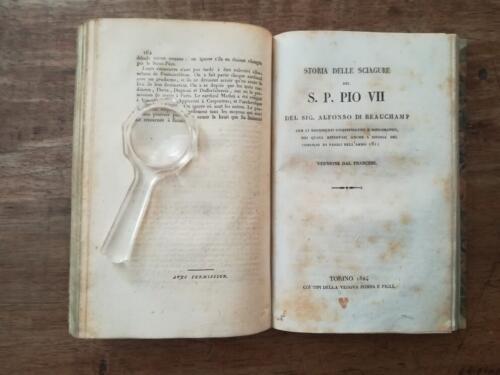"""Fine della parte in francese e frontespizio della parte in italiano  con titolo: """"Storia delle Sciagure del S. P. Pio VII""""."""