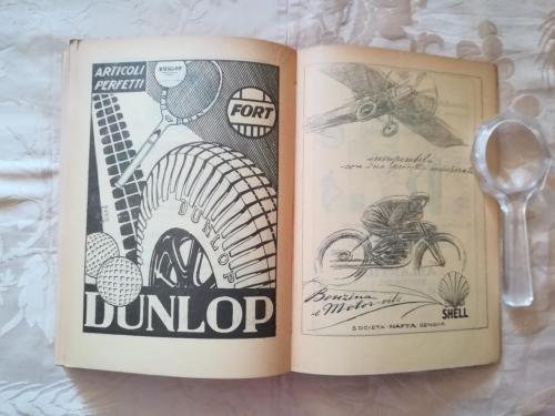 Alcuni degli sponsor legati all' automobilismo e alle moto.