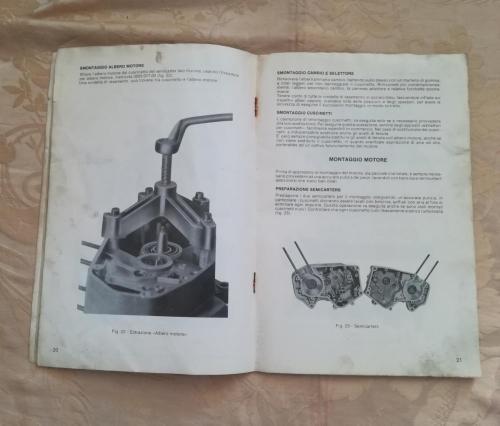 Metà dell'opuscolo e altre figure utili per eseguire lavori al motore.