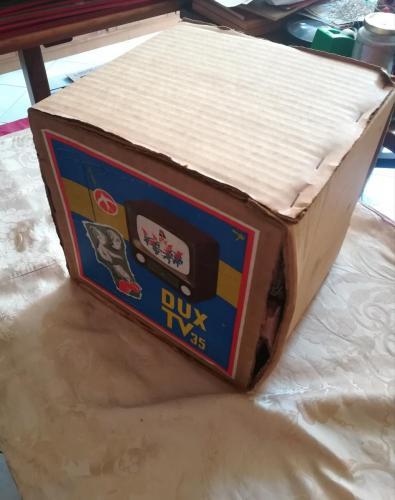 Veduta delle condizioni ottimali della scatola e senza mancanze.